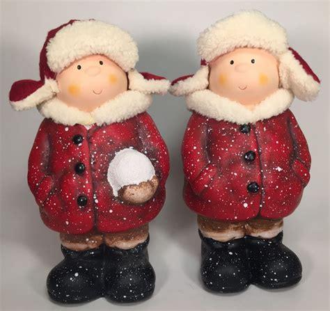 deko winterkinder mit fellmuetze winterfigur dekofigur rot
