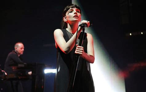 Graffiti Chvrches Lyrics : Chvrches Reveal Tracklist For New Album 'love Is Dead'