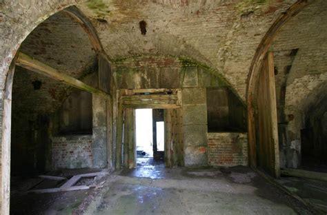 british island fort   sale  work  move
