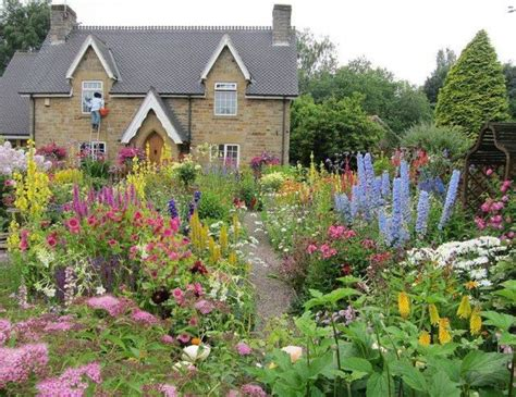 garden  lawn romantic english garden design cottage