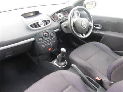 renault clio 2007 black 2007 renault clio photos informations articles