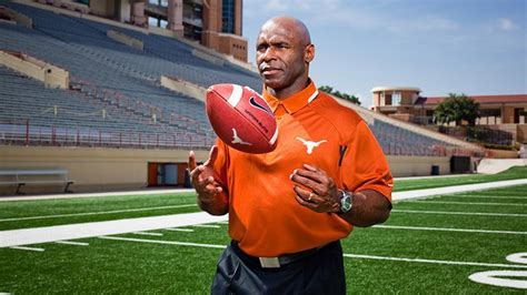texas coach charlie strong rebuilds  longhorns
