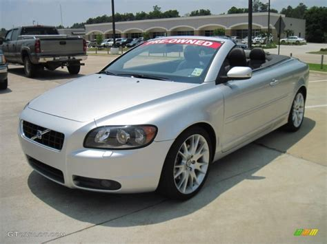 Volvo C70 T5 Convertible by 2007 Silver Metallic Volvo C70 T5 Convertible 30616735