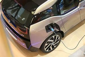 Prime Achat Voiture Hybride : voiture lectrique la cr ation d 39 une prime l 39 achat divise l 39 allemagne ~ Medecine-chirurgie-esthetiques.com Avis de Voitures