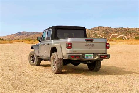 jeep gladiator willys  affordable  roader topgear india