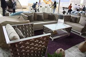 Spruce up Your Backyard with Modern Outdoor Furniture