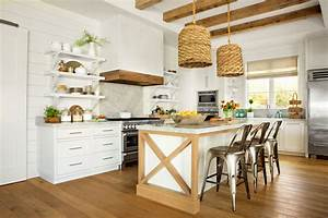 10 ways easy breezy beach house design ideas With kitchen colors with white cabinets with beach signs wall art