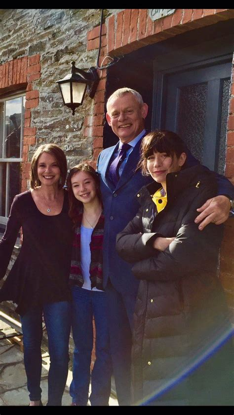 pictures martin clunes   cornwall filming