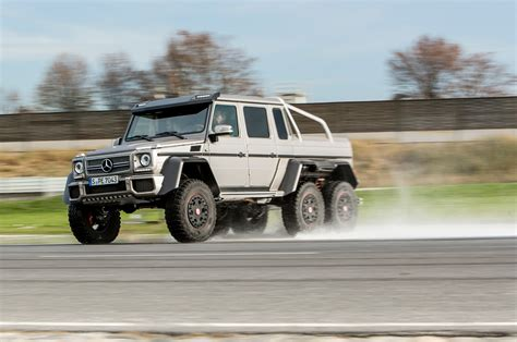 Get this car in here : 2014 Mercedes-Benz G63 AMG 6x6 First Drive - Motor Trend