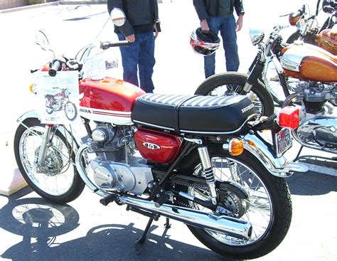 PICS 29th Annual Antique and Classic Motorcycle