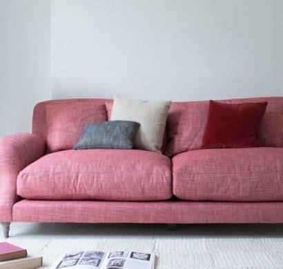 nettoyer canap en tissu conseils comment nettoyer un canapé en tissu et enlever