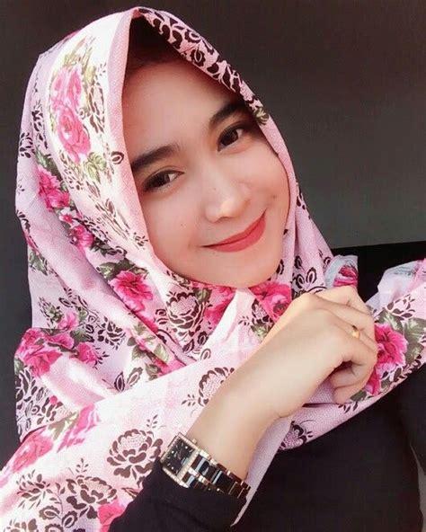 pretty muslimah kecantikan jilbab cantik wanita