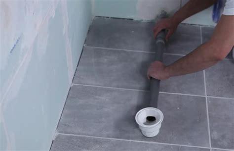 comment remplacer la baignoire par une et bien choisir sa nouvelle helpy