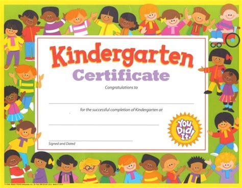 free printables for graduation design dazzle 355 | free clip art certificates for teachers printable nursery graduation certificate psd design pictures 600x465