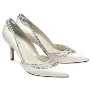 bridesmaid shoes benjamin margot wedding shoes bridal accessories