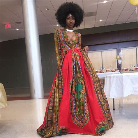 cuisine africaine véhicule un message fort grâce à sa robe de promo femina