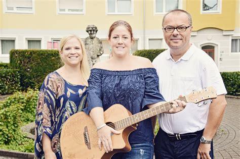 Wohnung Mit Garten Wels Land by Musik Und Tracht Beim Quot Festl Quot In Der Vogelweide Wels