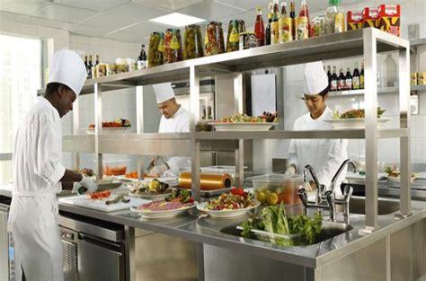 agencement cuisine professionnelle norme restraurant faire aménager sa cuisine