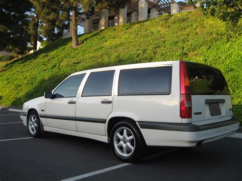 volvo  wagon white  tan leather auto