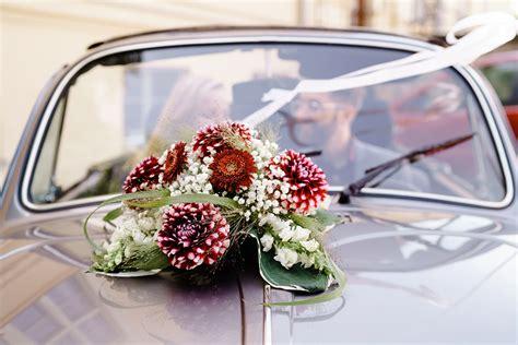 blumenschmuck hochzeit auto hochzeitsfotografie brandenburg oldtimer hochzeit mit