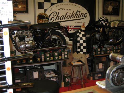 grande cuisine americaine déco garage moto vintage
