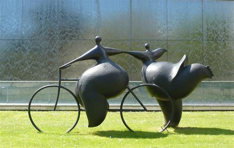 Modern Garden Statues And Sculptures
