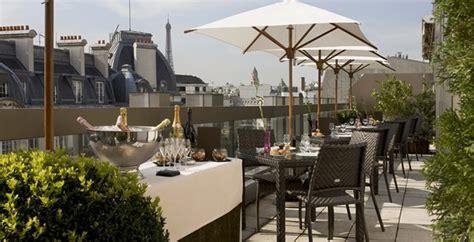 Hôtels à Paris : les plus belles terrasses sur les toits