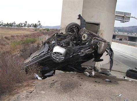 Nikki catsouras accident scene photos. Top Catch: Nikki Catsouras Porsche Girl accident pictures