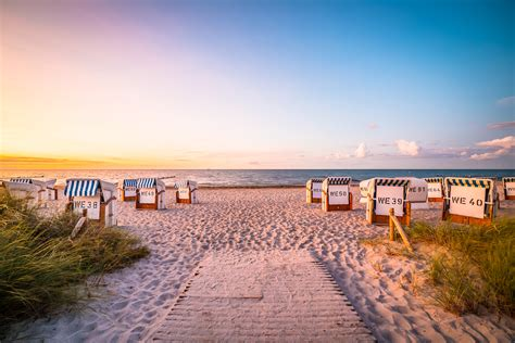 Become part of the community and help to improve the project. Strandhäuser Dänemark: Glamping direkt am Meer - Urlaubstracker.at