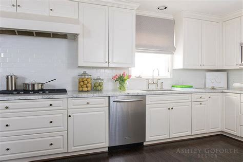 off white kitchen cabinets what color subway tile with off white cabinets