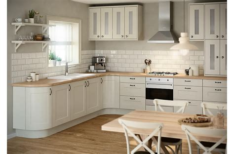 B Q Kitchen Ideas by It Stonefield Classic Style Fitted Kitchens Diy