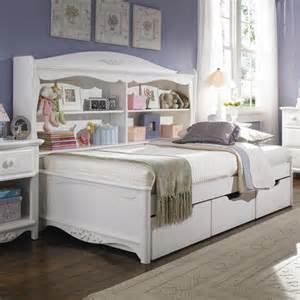Full Size Daybed with Bookcase