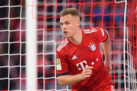 Kimmich has some great stats and the best overall in the game for a gold rare rb so with the coins you'll mainly play against players with very pacy wingers and kimmich just can't keep up with them. Joshua Kimmich expresses his desire to play in midfield for Bayern Munich - Bavarian Football Works