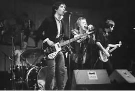 File Sex Pistols in Pa...