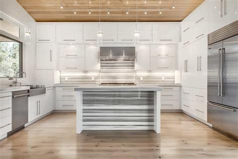 hauteur meuble cuisine ikea cuisine meuble de cuisine haut ikea avec blanc