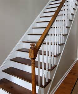 Peindre Un Escalier Deja Vernis by Comment Peindre Rapidement Un Escalier En Bois
