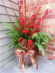 Decorating your Porch Pots for Winter