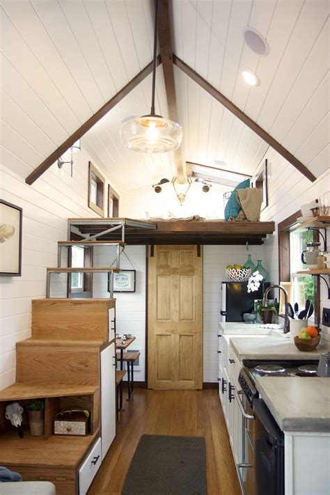 nw haven  tiny heirloom tiny house town