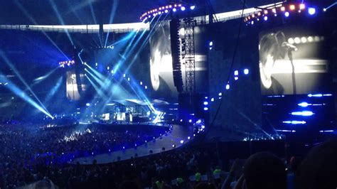 The band members are nicola sirkis, boris jardel and oli de sat. Concert Indochine au Stade de France 27/06/2014 (College ...