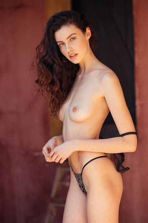 Sera Mann Nude 6 Photos The Fappening
