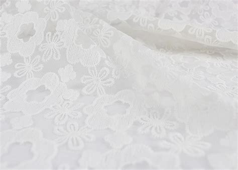 3d Polyester White Embroidered Lace Fabric Wedding Dress