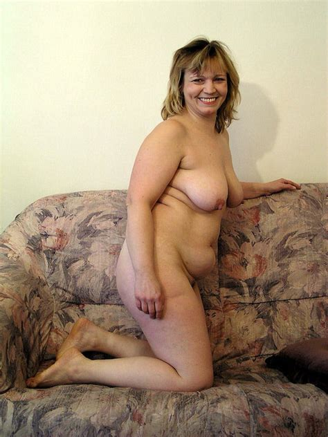 In Gallery Happy Nude Bbw Posing Picture