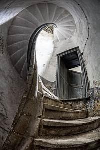Spiral staircase at Chateau de la Source, abandoned castle ...