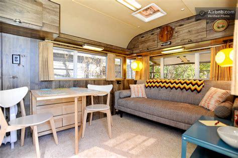 canape caravane intérieur d 39 une caravane des ées 70 aux usa