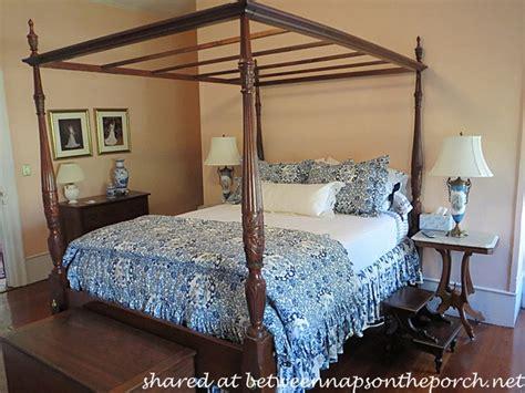 blue and white bedrooms a blue and white bedroom and bath