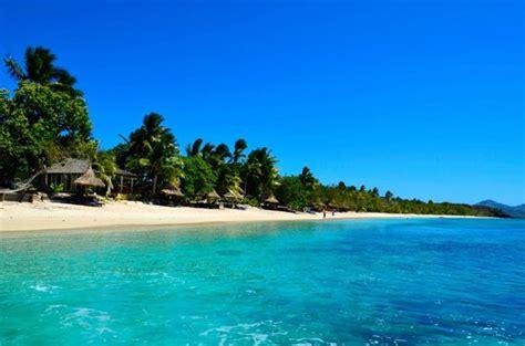 beach view picture  blue lagoon beach resort nacula