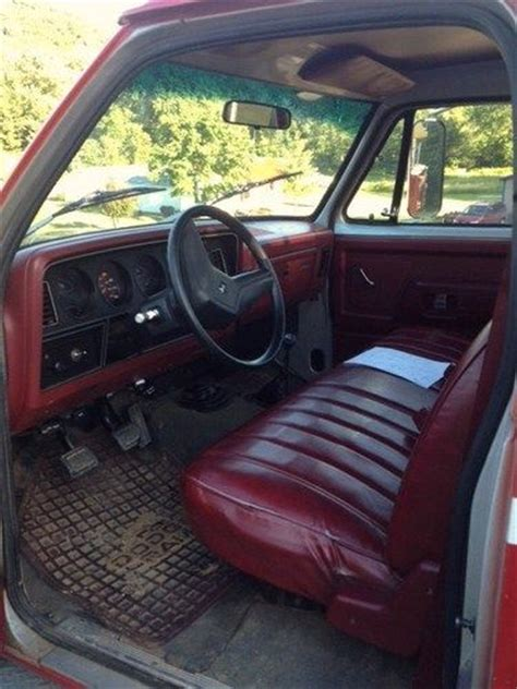 Buy used 1988 Dodge 350 4X4 1 ton dually in Chillicothe ...