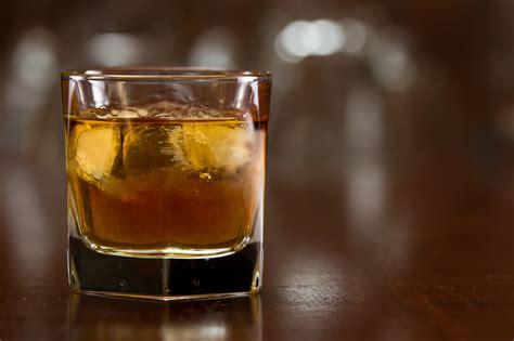 whiskey on the rocks tullamore dew whiskey keywordsfind com