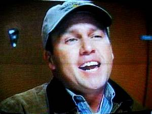 Rodney carrington bathroom scene youtube for Rodney carrington bathroom scene
