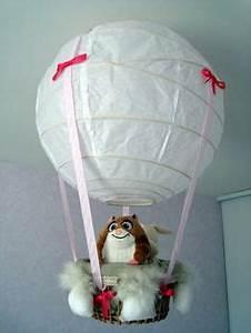Lustre Montgolfière Bebe : 1000 id es sur le th me lustre de ballon sur pinterest ballons pi ces ma tresses ballon et ~ Teatrodelosmanantiales.com Idées de Décoration